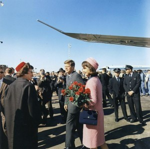 President and Mrs. Kennedy arriving at Love Field, Dallas, Texas, 22 November 1963. Photo by Cecil Stoughton; downloaded from Wikimedia Commons; public domain image.