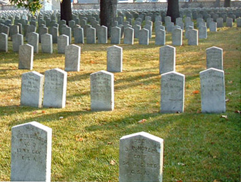 Confederate tombstones, Camp Chase Cemetery, Columbus, Ohio. Photo by Amy Crow, 8 Oct 2004.